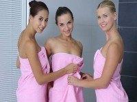 Shower Girls RealJamvr Violette Pure, Kristy Black, Paula Shy vr porn video vrporn.com virtual reality