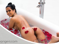 Hot Rose - Sexy VR Show in Bathtub VRBangers Abby Lee Brazil vr porn video vrporn.com virtual reality
