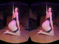 Private Dancer - Madelina Horn's Erotic VR Show HologirlsVR VR porn video vrporn.com