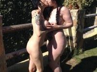 Lesbian Summer - Dildo Lovers VirtualPorn360 María Bosé VR porn video vrporn.com