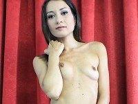 Valentina's Studio: Play This Dildo! - Italian Babe Masturbation XXX VirtualPorn360 Valentina Bianco VR porn video vrporn.com