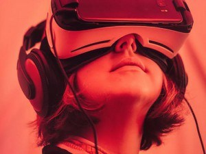 is it time to upgrade your gear vr pexels vr blog virtual reality